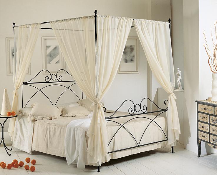 Letti in ferro letto a baldacchino mod sabrina in ferro - Baldacchino per letto matrimoniale ...
